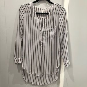 Tops - 6/$20!!!  Blouse